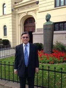 In front of the Norwegian Nobel Institute in Oslo